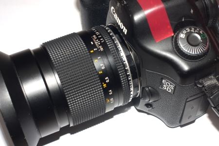 IMAGE: http://www.4photos.de/camera-diy/Ultra-Short-Canon-Extension-Tube-.jpg